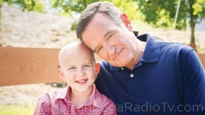 robin-williams-and-st-jude-patient