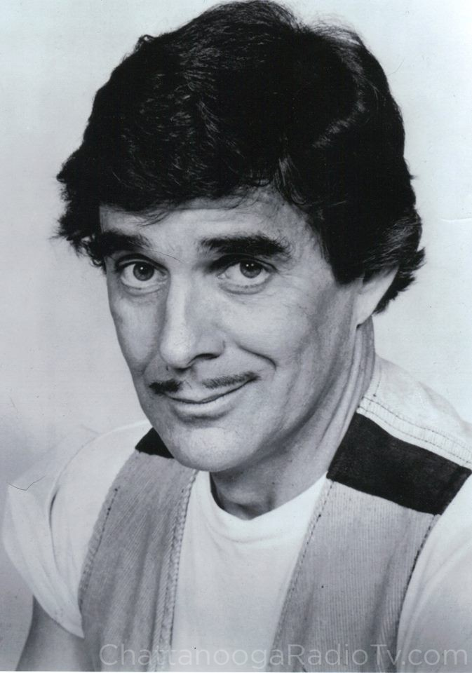 "Pat Harrington Jr. as ""Schneider"" on ""One Day At A Time"" on CBS, 1980"